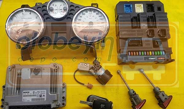 peugeot 207 cc  gösterge bsi kontak kapı  anahtar ımmo motor beyni komple set