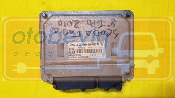 Volkswagen Polo skoda fabıa  1.2 Motor Beyni 03D906023
