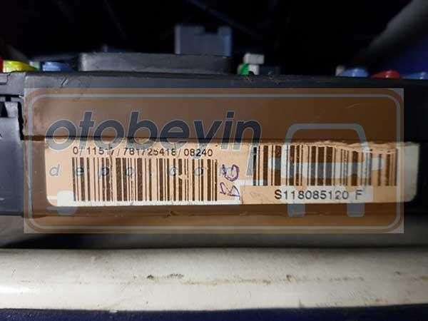 PEUGEOT Citroen 9657999880 E03 00 S118085120f (bg) Bsi