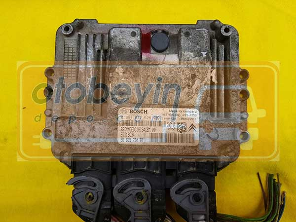 Peugeot 207 206 plus 1.4 Hdi Motor Beyni  0281012526 EDC16C34